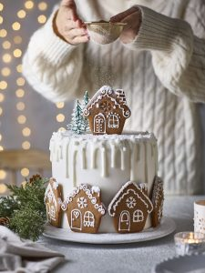 Gingerbread Houses & Cake Decorating