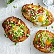 Egg Flatbreads with parma ham and rocket recipe