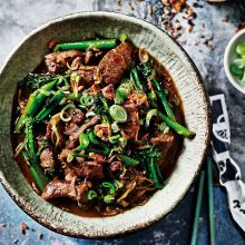 SCHOOL OF WOK'S VENISON WITH GINGER AND SPRING ONION